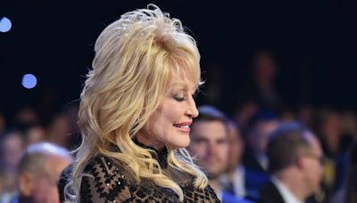 "Dolly Parton Had The ""Biggest Hair in School"""