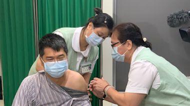 華航諾富特疫情延燒 自費AZ疫苗掀搶打熱潮