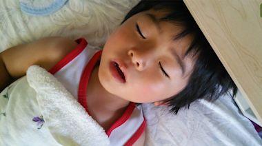 COVID-19/教育部公布已有 230 多萬人領取到孩童防疫補助 1 萬元