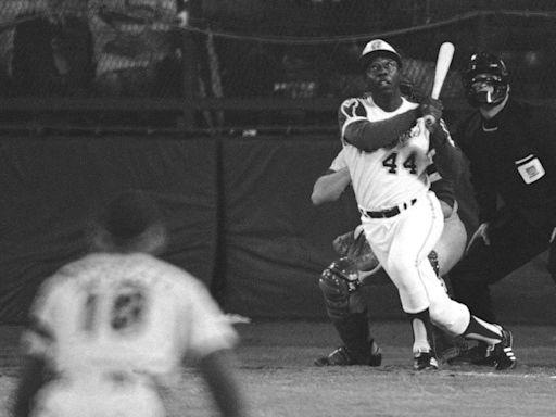 Hank Aaron dies at 86; legendary ballplayer broke Babe Ruth's home run record