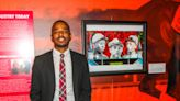 Local artist donates original piece to Kentucky Derby Museum - ABC 36 News