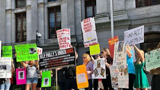 Protesters call on city, board in ACCT Philly funding plea | FOX 29 News Philadelphia (WTXF)