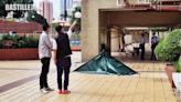 屯門市廣場男子墮斃女子送院不治 疑六旬夫殺妻後跳樓自殺 | 社會事