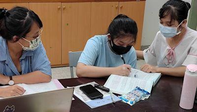跨國學生中文遇瓶頸偷哭 新北教師陪她搭公車認路