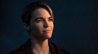 'Batwoman' Showrunner Promises Resolution to Kate Kane's Disappearance