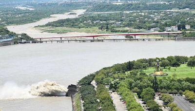 注意!圓規颱風帶來破百雨勢 石門水庫調節性放水