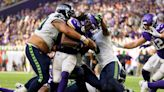 Defense stops no one, again, Seahawks allow 23 straight points, lose 30-17 at Vikings