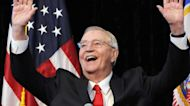 Former Vice President Walter Mondale dead at 93