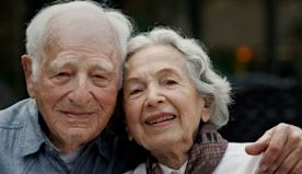 Column: These three Angelenos, ages 106, 101 and almost 90, haven't let coronavirus dim their spirits