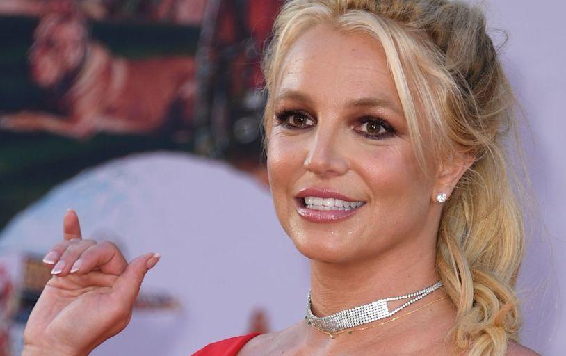 Britney Spears responds after deactivating her Instagram account