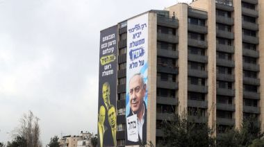 Israel's Netanyahu bets all on vaccine success to secure election win