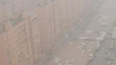 河南鄭州「全城泡水」中斷對外交通 洛陽1水庫傳隨時崩潰