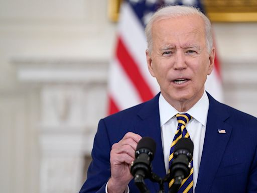 Trump White House doctor, 13 other House Republicans urge Biden to take cognitive test