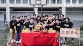 七師傅首闖影圈拍《猛鬼3寶》 Locker盼同使七連閃電鞭 - 香港經濟日報 - TOPick - 娛樂