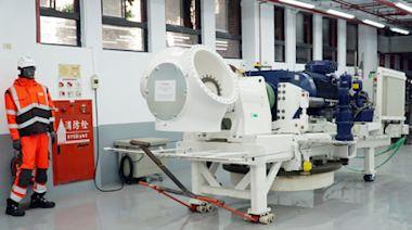 大學博覽會 大葉大學角膜地形圖儀器為民眾檢測角膜