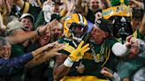 Packers dominate 2nd half, bounce back to beat Lions