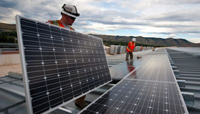 11 Best Alternative Energy Stocks to Buy Right Now
