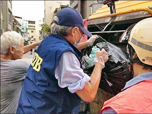 倒垃圾爆衝突被控妨害公務 行車記錄器還清白