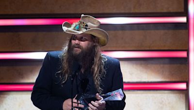 'Doctor's orders': Chris Stapleton postpones Nashville concerts to continue vocal rest