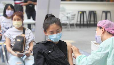 首批BNT疫苗上午10時開放預約 3類人沒收到簡訊也可預訂
