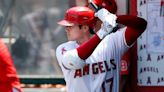 LEADING OFF: MLB home run leader Ohtani on mound at Oakland