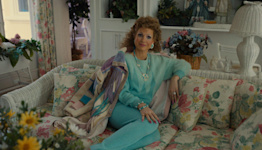 Review: Hallelujah! Jessica Chastain fills 'The Eyes of Tammy Faye' with Oscar-worthy spirit