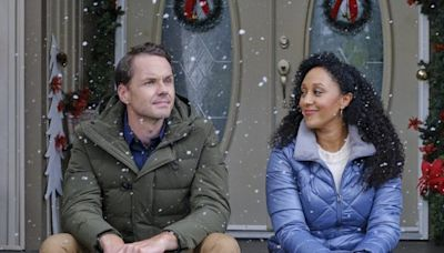 The New Hallmark 'Countdown to Christmas' Movie Schedule is Here!