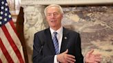 Governor plans to talk mask law with legislators