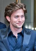 Jackson Rathbone - Wikipedia