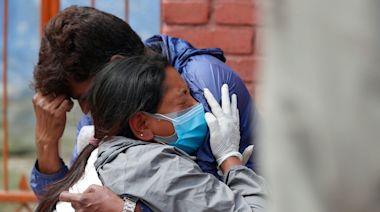 全世界慶典最多的尼泊爾,疫情處於崩潰邊緣猶如「迷你版印度」? - The News Lens 關鍵評論網