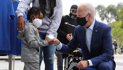 Fact check: Viral image does not show President Joe Biden apologizing to George Floyd's child