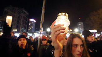 Poles unite in grief over assassination of Gdansk mayor