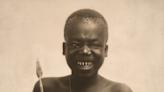 殘忍黑歷史! 美「人類動物園」將黑人關猴籠展示 WCS道歉