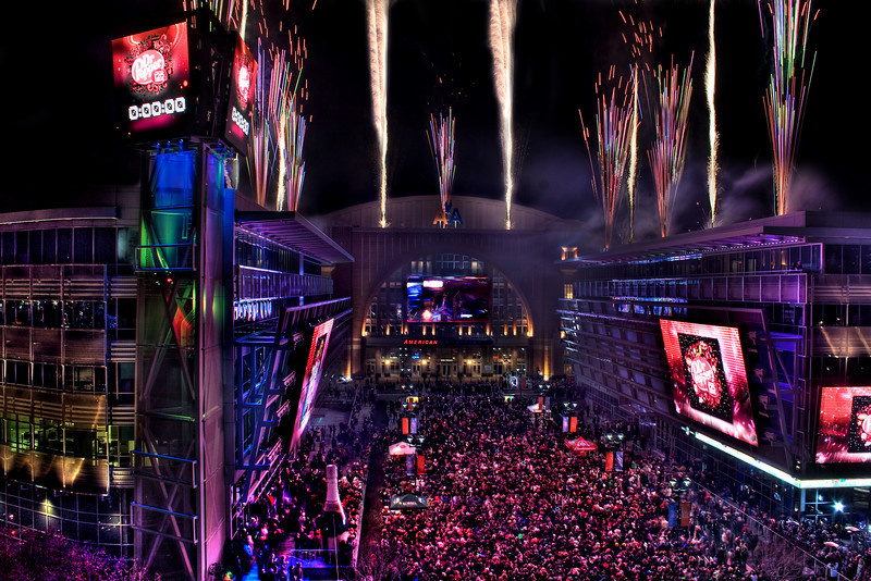 Dallas New Year's Eve : How are you spending it??