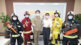 領先全國 基隆市外勤消防同仁配發第2套消防衣裝備組