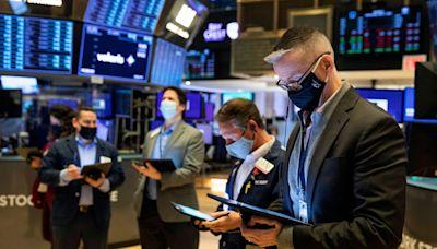 Markets edge towards fresh highs