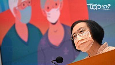 【疫苗接種】陳肇始到疫苗接種中心視察長者打針 籲未打針市民盡快接種 - 香港經濟日報 - TOPick - 新聞 - 社會