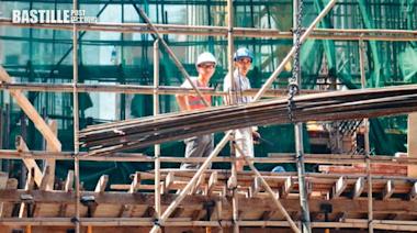保費40萬僱主難捱 搭棚工人「無保」上陣 | 社會事