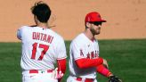 Six Angels outpitch Dodgers, 2-1, to take LA series