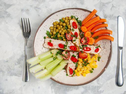 健康網》美國最新研究 這樣吃重症風險降低73% - 防疫新「食」代 跟著專家吃出健康 - 自由健康網