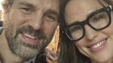 Mark Ruffalo And Jennifer Garner Had A '13 Going On 30' Reunion