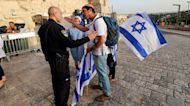 New Israeli gov't approves right-wing march through Jerusalem