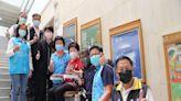 葫蘆墩文化中心獲贈樓梯升降椅 方便長者及行動不便民眾