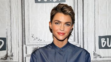 You need to see Ruby Rose's marbled skinhead