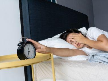 台灣10個人就有1人失眠! 醫曝「睡不著惡習」:早醒又繼續躺床也NG