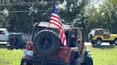 9歲女孩號召吉普車隊「為染疫亡父送行」!逾百輛車主暖心動員、感人畫面曝光