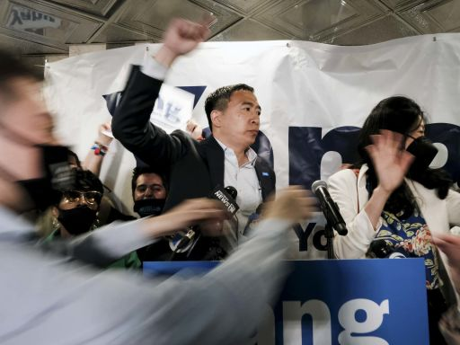 楊安澤選市長,在華裔中不得人心?紐約客表達心聲|端傳媒 Initium Media