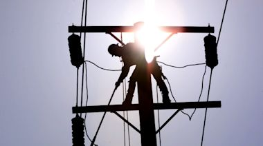 SoCal Edison cuts power to more than 8,000 homes on Thanksgiving amid wildfire concerns