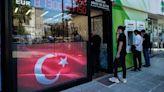 土耳其央行意外降息100個基點 里拉急貶觸及歷史低點 | Anue鉅亨 - 外匯