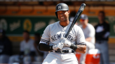 Yankees' Aaron Hicks could sit series against Braves to work on mechanics